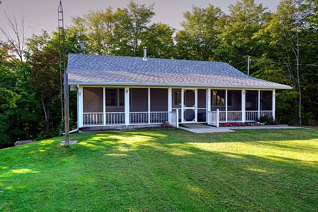 1131 Village woods Drive, Sharbot Lake, Central Frontenac, Gurreathomes